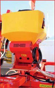 Устройство для внесения гранулированных удобрений и высева семян*